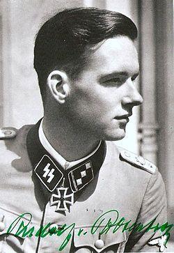 """* Rudolf von Ribbentrop * Obersturmführer. (* Wiesbaden, 11/Maio/1921...) """"Henkell & Co."""" Produtor de Vinho nos tempos atuais."""