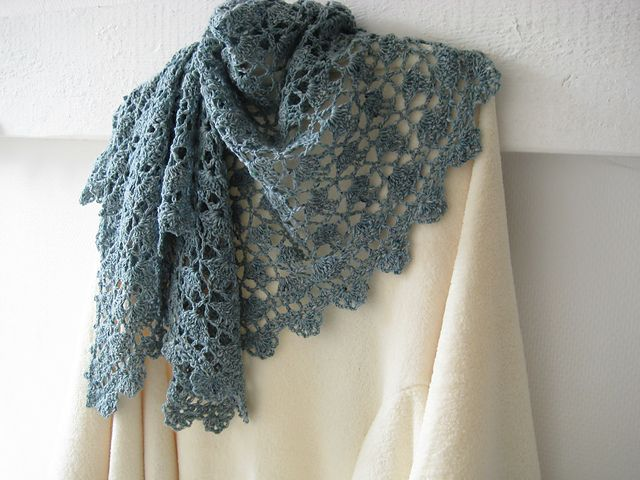 Beautiful version of a free Lion Brand crocheted shawl pattern, by Fanaline (Ravelry link).
