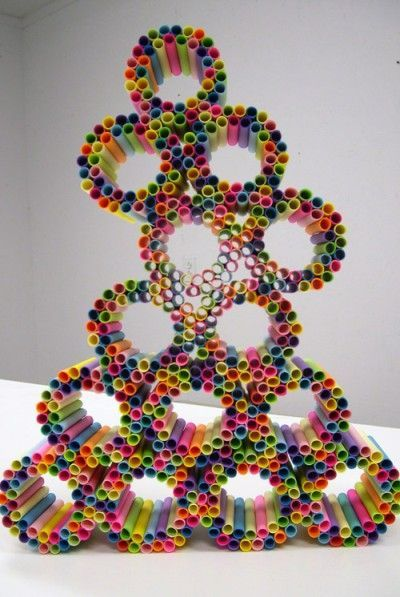 Sticky note tube sculpture - post-it notes