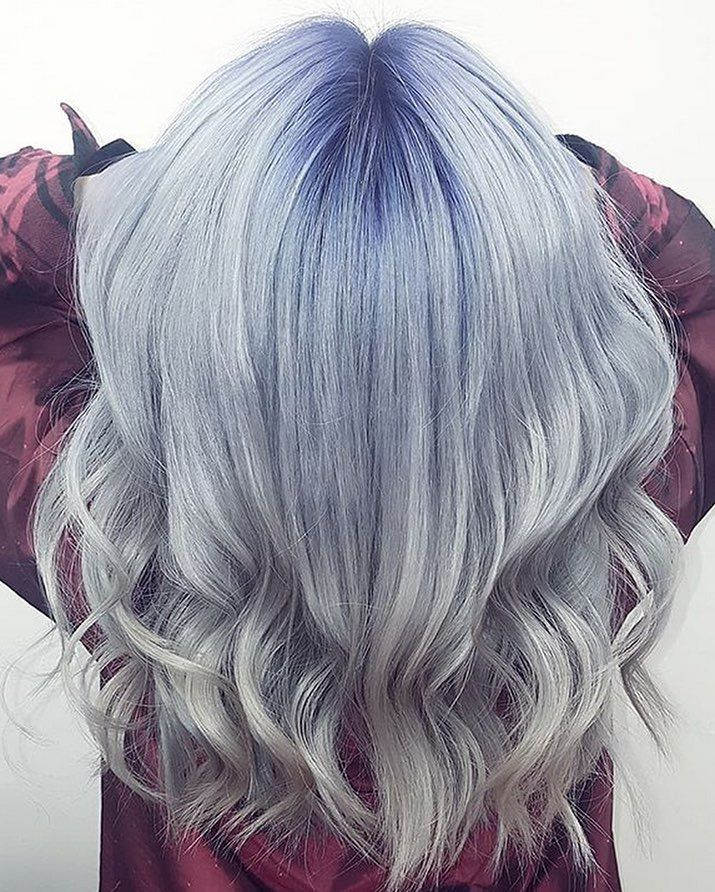 From The Dark Blue Shadow Root To The Silver Ends This Look Radiates Wintertime Glacier Haircolor By Hairbystep Dark Blue Hair Cool Hair Color Blue Hair