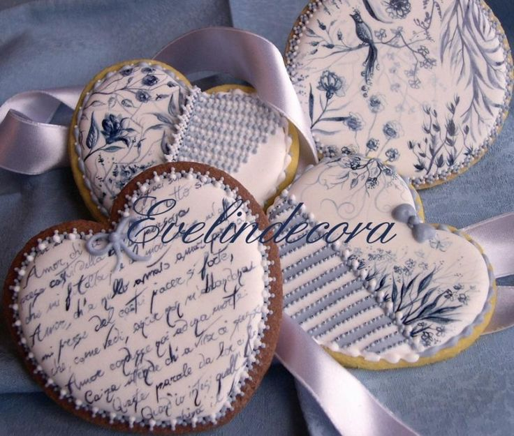 Toile de Jouy cookies by Evelindecora