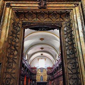 biblioteca palafoxiana puebla turismo
