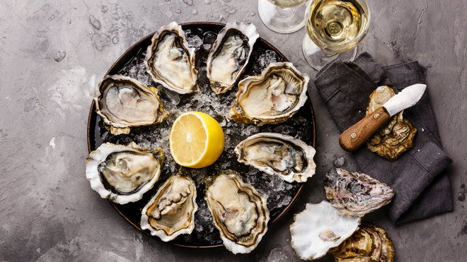 What goes better with oysters than a fine glass of wine. See the best wine to drink the next time you indulge in oysters.