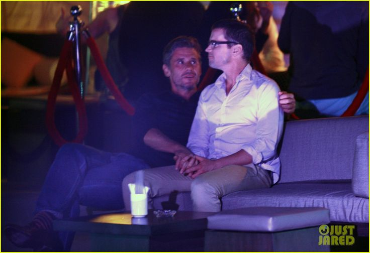 matt bomer cuddles simon halls at birthday celebration in cabo 20 Matt Bomer and his partner Simon Halls cuddle on a couch together at PRIVE club on Sunday evening (January 19) in Cabo San Lucas, Mexico.    The 36-year-old White…