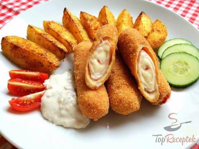 Sonkás-sajtos rántott tekercs fűszeres sült burgonyával | TopReceptek.hu
