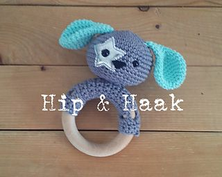 """Teether Ring """"Puppy Puk"""" pattern by Hip & Haak"""