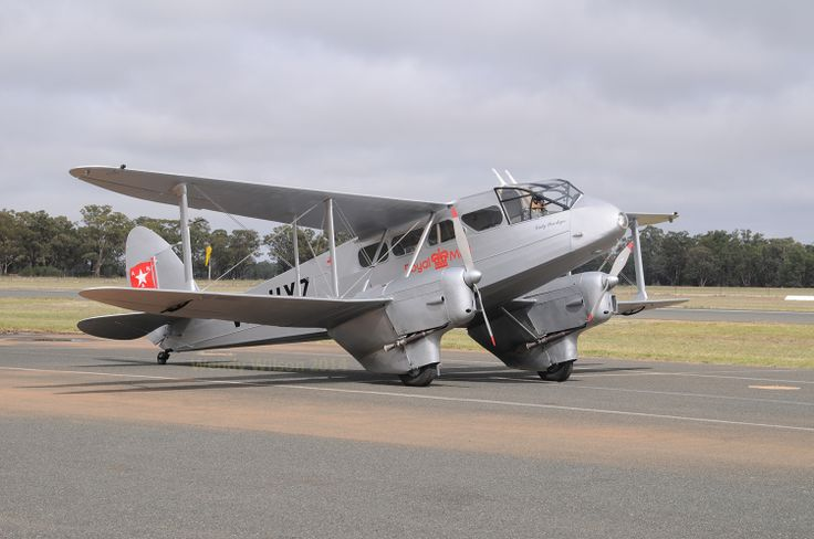 The Reserve Grand Champion award for this brand new restoration. Dragon Rapide VH-UXZ which flew its test flight on Friday 28 March and flew on to Temora to join the AAAA national fly-in.