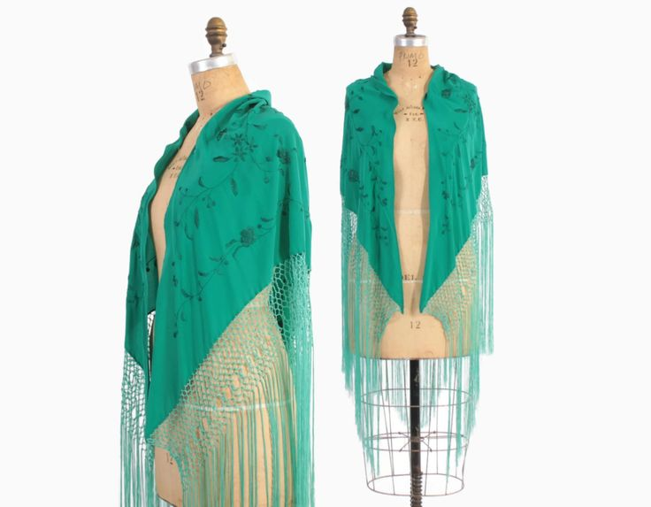 Vintage 30s Silk SHAWL / 1930s Bright Teal Green Embroidered