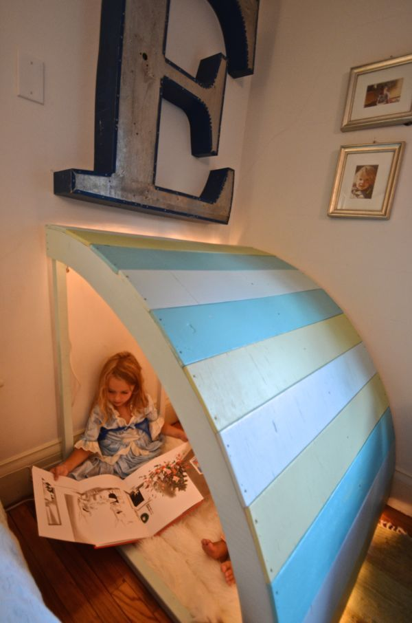 This DIY reading nook just might  encourage your little one to read. She'll certainly love having a cozy spot where she can curl up with a book or favorite doll.  Charlotte Smith of  Ciburbanity shows how to build the best reading nook ever. Click through to see it on The Home Depot Blog.  || @ciburbanity