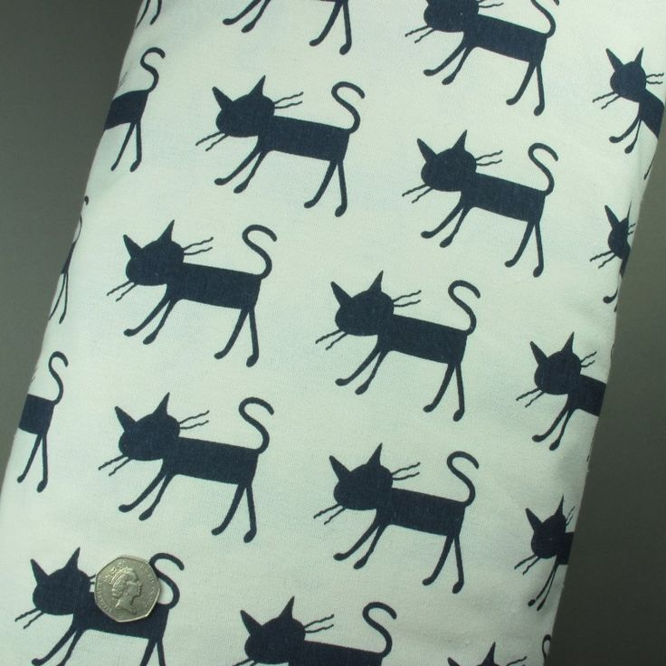 100% Cotton Linen Funky Navy Blue Cat Print on White Fabric - Fat Quarter
