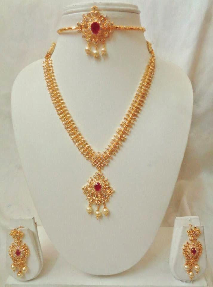 Elegant Fashion Wear: Grab this beautiful yet simple sets #diamondnecklace #necklace