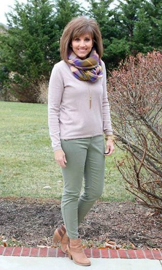 Today I'm styling my favorite tan sweater from Old Navy. It's Day 13 of my 31 Days of Winter Fashion!