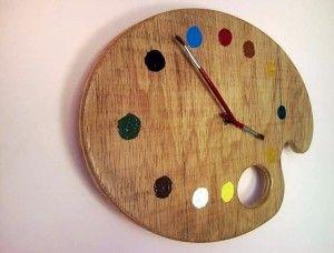 Reloj DIY hecho con paleta de pintor                                                                                                                                                     Más