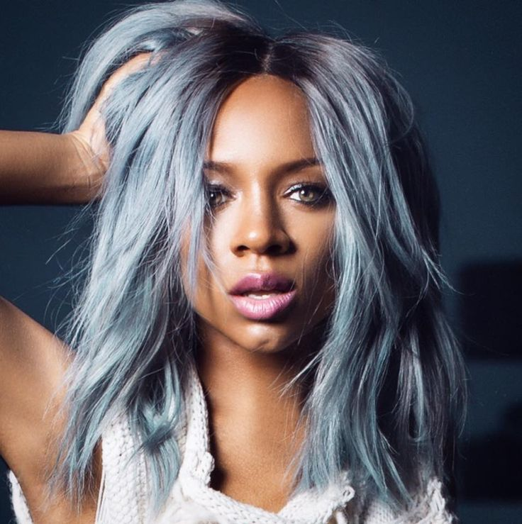 Lil Mama Joins Grey Hair Trend. Lil mama has just released a new mixtape alongside a new hairstyle. The rapper showed off gorgeous grey-blue strands just a few weeks ago in anticipation of her new …