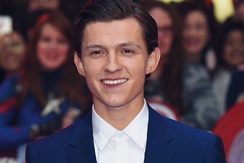 Tom Holland's smile is the brightest  #KInsularPins