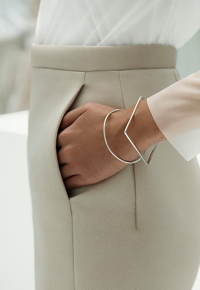 Minimalist Accessories | COS SS2014, white, fashion, style, simple, minimal, chic, gold