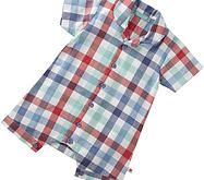 This adorable short sleeve check boys romper is fresh looking and classic in style. Made from 100% organic cotton.