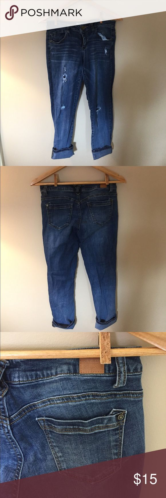 Jolt jean Capri 5 Perfect pair of capris for spring. Very lightly worn. Offers welcome! Jolt Jeans Ankle & Cropped