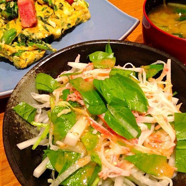 友人のご実家から戴いた無農薬のほうれん草料理三昧♪ - 22件のもぐもぐ - 採れたて生ほうれん草のサラダ by ShiRieKu