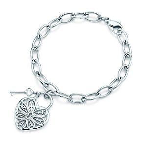 Bracciale con piastrina e chiave Tiffany Filigree Heart in argento, medio.