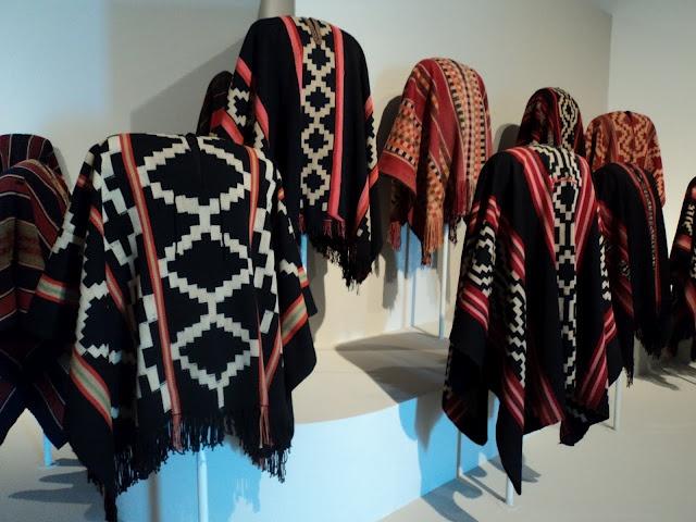 PUESTA EN VALOR : la Pampa, arte y cultura: TEJIDOS MAPUCHES   Ponchos
