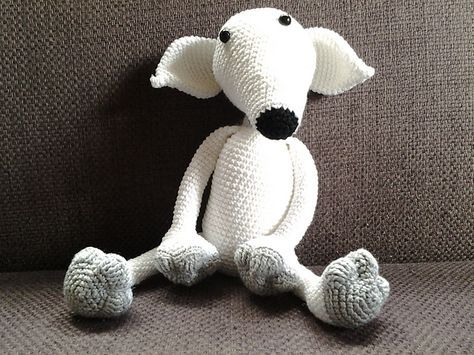 The idea for Lyra came to me after a friend asked me to make a greyhound. Since i didn't find a cute and cudlly pattern i have created her, she is modeled after a beautiful ,all white, grey that belonged to another friend of mine, Lyra was her first recued grey from a spanish killing station. Lyra now is in doggie heaven, but lives on in this design.