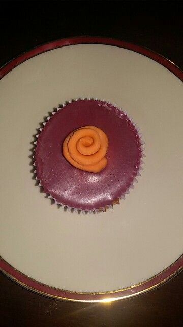 A purple-pink rose cupcake❤