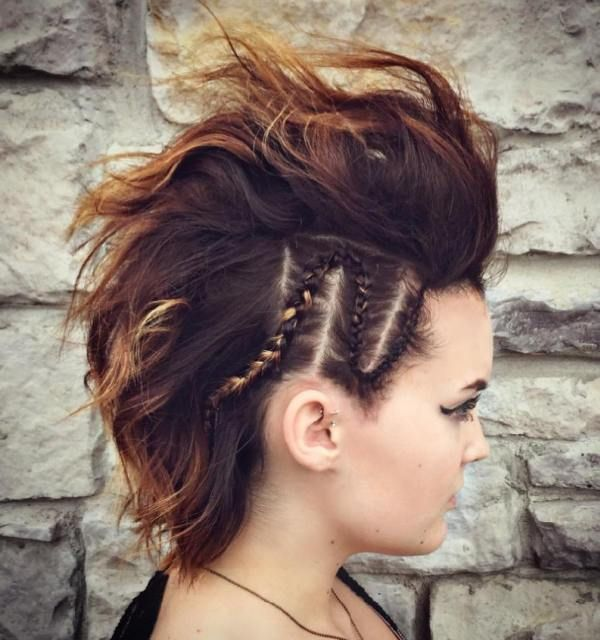 pictures of women with short haircuts 17 best ideas about braided mohawk hairstyles on 4646 | 59780b1039fbe4646b5e3da1ccadbcb4