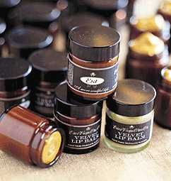 Velvet Lipbalm. A delicious and nourishing blend of organic and pure ingredients to assist in healing cracked, dry and sunburnt lips. Suitable for all skin types. Use sparingly when required. #Natural #handmade #lipbalm #Melbourne #Australia #Estaustralia Est Australia   http://www.estaustralia.com