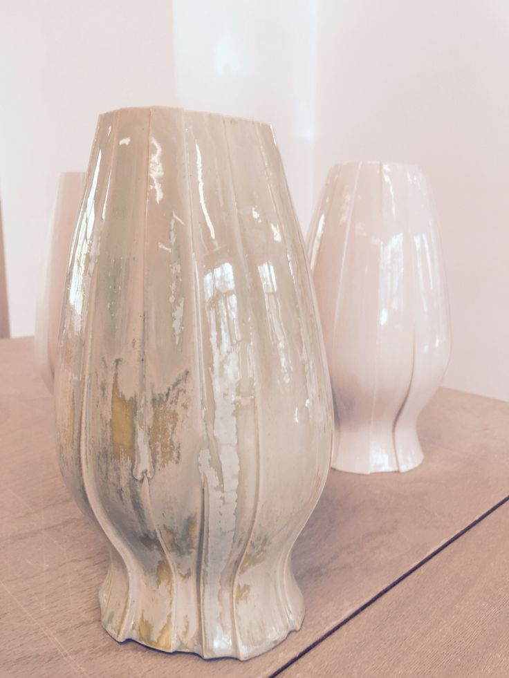 Vase - Gietmal diverse segmenten, seladon glase. - Ceramics