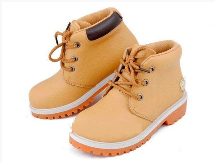 Детсктие ботинки
