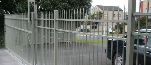 Sliding gate hardware-driveway gate-slide gate