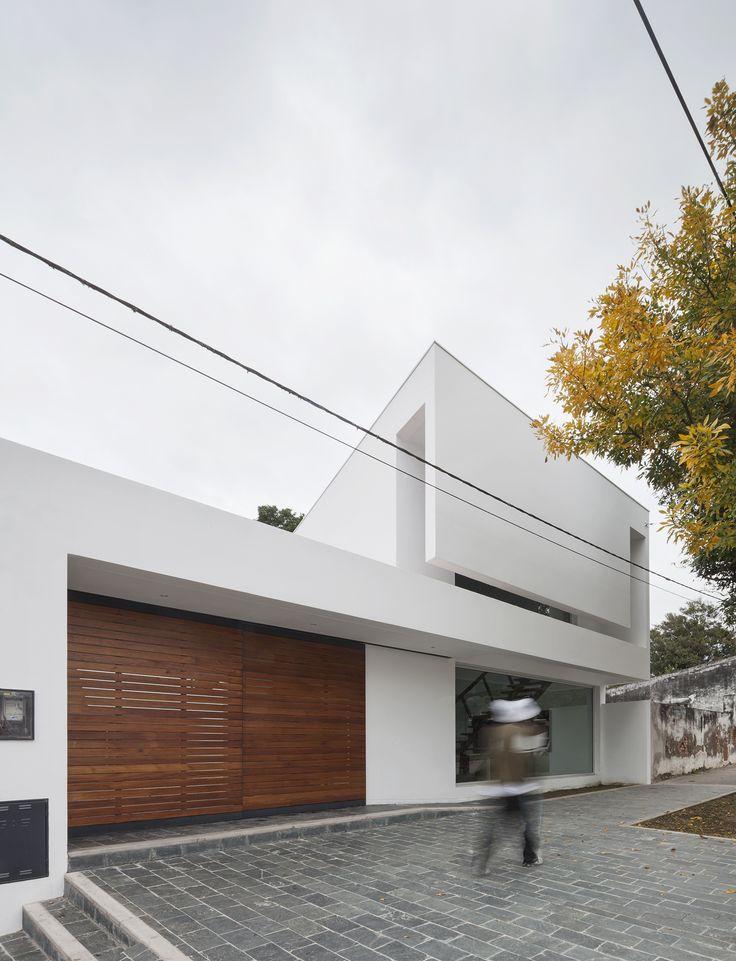 Caja de Seguridad Social para Abogados / Sergio Alberto Cabrera Arquitectos