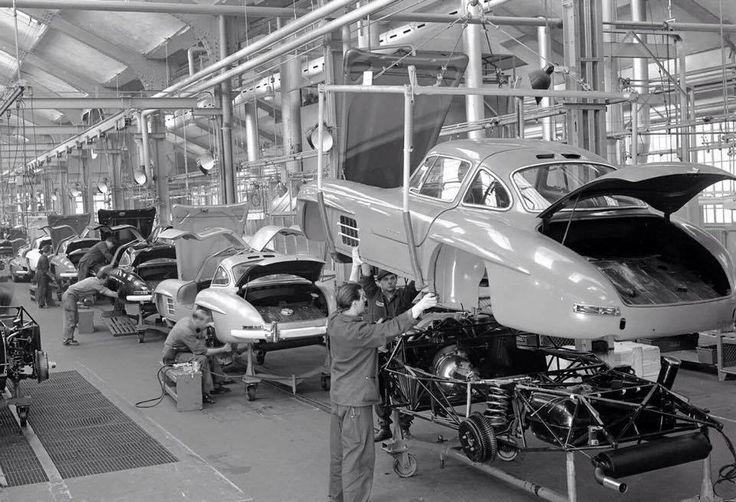 Mercedes Benz #300SL assembly line / #300SLRestorations #BruceAdams190SL