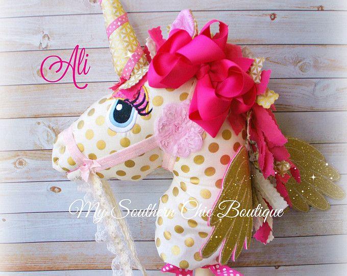 Hobby Horse - unicornio-Alicorn-palo caballo-chica de Unicorn hobby horse-oro rosa caballo - recuerdo - vivero Decor - Custom Hobby Horse