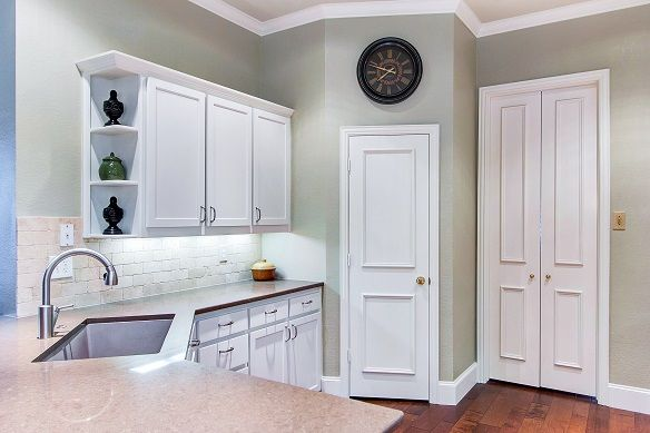 58 best caesarstone 5000 london grey images on pinterest for Kitchen design 75214