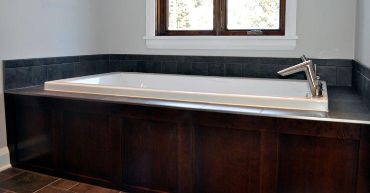 Contour de bain en pruche salle de bain pinterest contours - Contour de bain acrylique ...