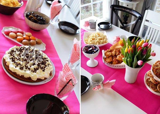 Pink table setting birthday partyballoons