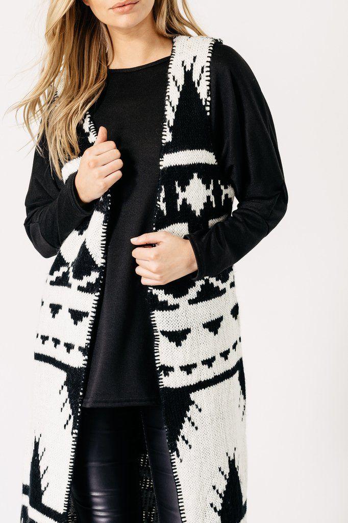 Black and White Blanket Sleeveless Cardigan