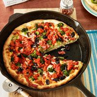 Chicago Deep-Dish-Style Veggie Pizza