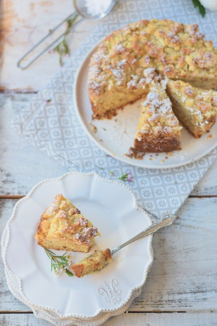 Apfelmuskuchen mit Marzipan und Marzipan Streuseln - Apple Cake with almonds and crumble #cake #fall #yummy #herbst (20)