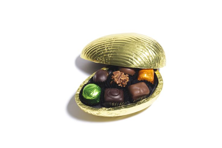 69 best easter 2015 images on pinterest easter 2015 chocolate spoil the one you love this easter with an easter egg filled with our delectable loose negle Choice Image