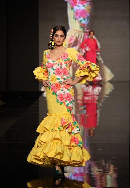 'Flamenco' hace un estudio del mismo presentando formas novedosas que proponen una manera fresca, diferente y osada de llevar el traje de flamenca. ~ http://www.lina1960.com/coleccion.php