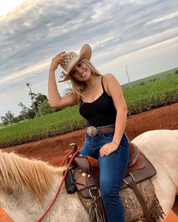 Hotties on the farm, girls tattoos pics