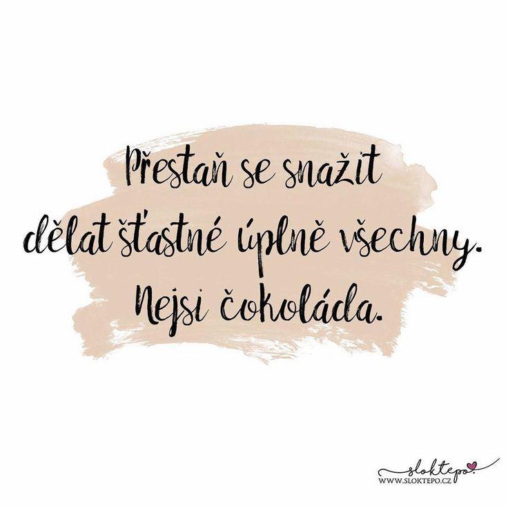 Lidé příliš často pomáhají jiným, aby byli šťastní, ale přitom zapomínají na vlastní štěstí. ☕ #sloktepo #motivacni #hrnky #miluju #zivot #citaty #kafe #cokolada #darek #domov #dokonalost #stesti #laska #rodina #czech #czechgirl #czechboy #praha