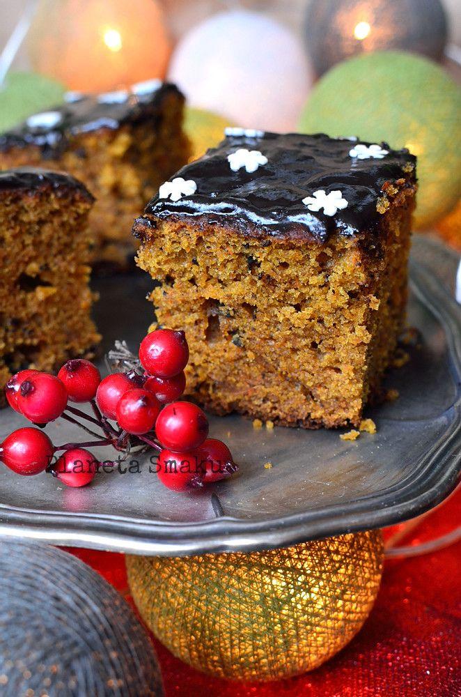 Planeta Smaku: Piernik marchewkowy z czekoladą