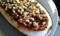 Das perfekte Gefüllte Zucchini-Rezept mit Bild und einfacher Schritt-für-Schritt-Anleitung: Hack in heissem Öl mit Zwiebeln, Tomatenmark und Knobi…