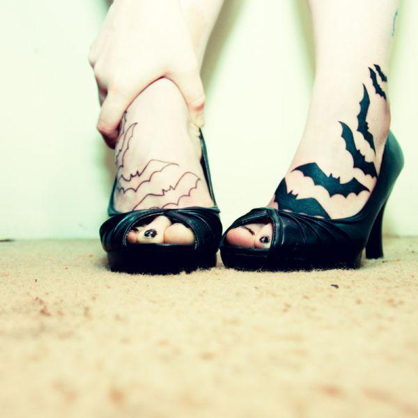 ..]: Bats Wings, Tattoo Ideas, Bats Tattoo, Foot Tattoo, Feet Tattoo, Body Art, Foottattoo, Tattoo Design, Tattoo Ink