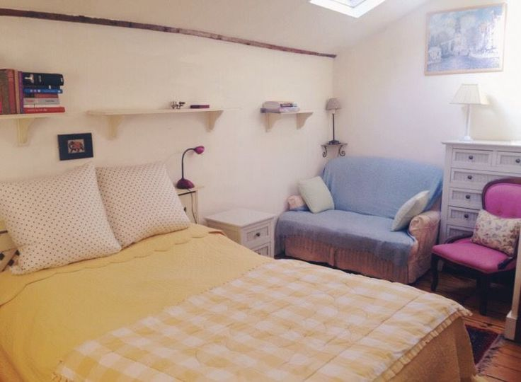 London SW15 :  £165 pw (inc bills). Situated between Putney and Kingston and close to Wimbledon, this Georgian House dating back to 1780, is...