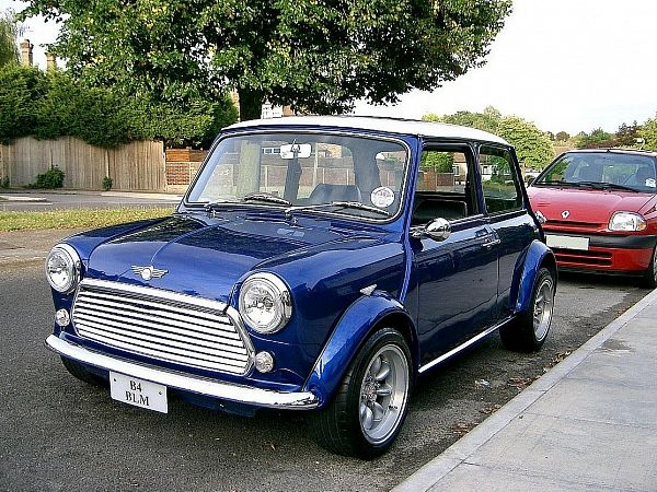 modified austin mini mayfair 1985 pictures skee lo i wish pinterest. Black Bedroom Furniture Sets. Home Design Ideas